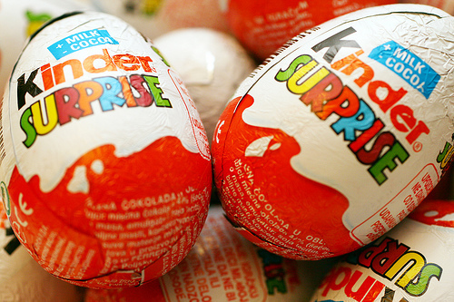 kinder_surprise_eggs