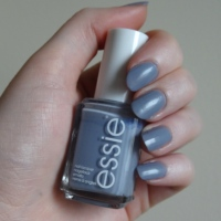 Essie's 'Cocktail Bling' Nail Varnish Review